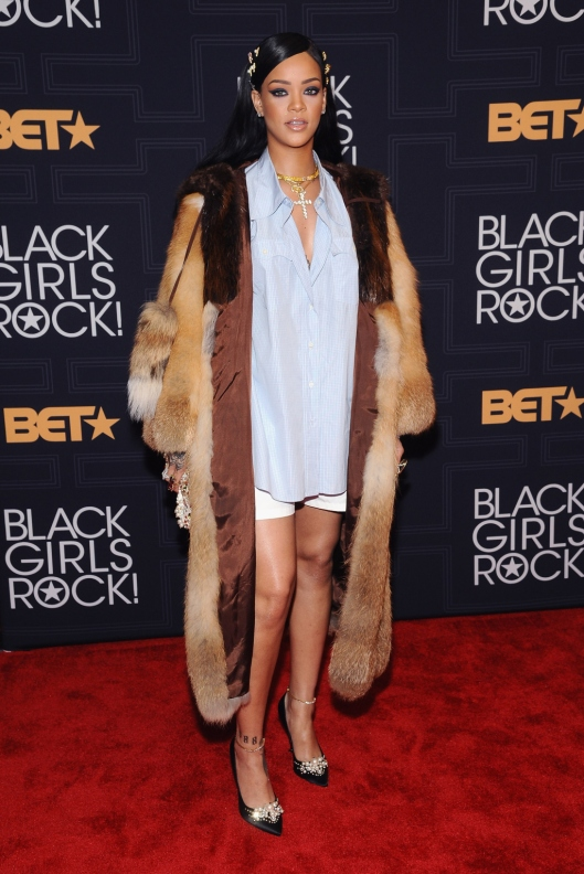 NEWARK, NEW JERSEY - APRIL 01:  Event honoree Rihanna attends Black Girls Rock! 2016 at New Jersey Performing Arts Center on April 1, 2016 in Newark, New Jersey.  (Photo by Gary Gershoff/WireImage)