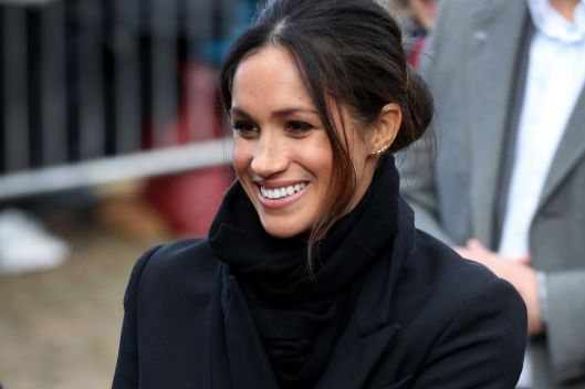 meghan-markle-arrives-to-a-walkabout-at-cardiff-castle-on-news-photo-906473446-1564768896